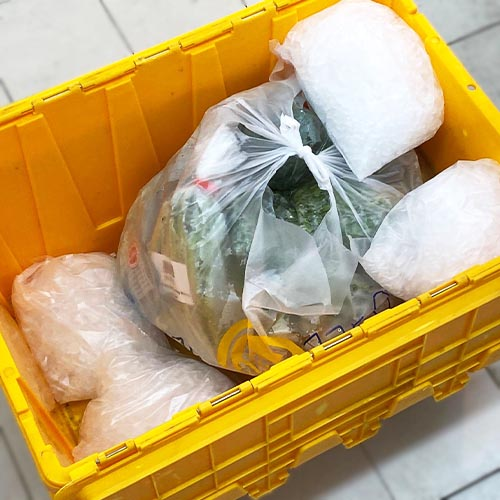 Aw's Market Order Package Ice Chilled for Delivery
